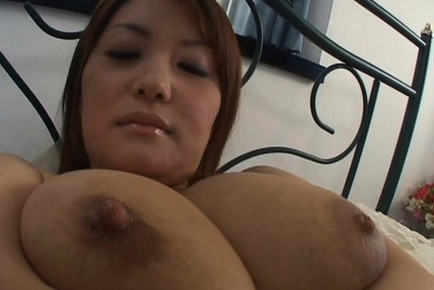 Chichi Asada Japanese model is a busty babe