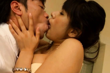 Hana Haruna Hot Asian babe is a busty chick