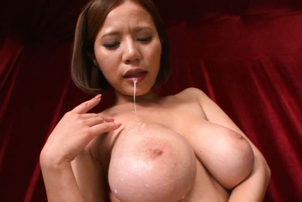 Busty Ruri Saijoh exposes her dirty little secrets