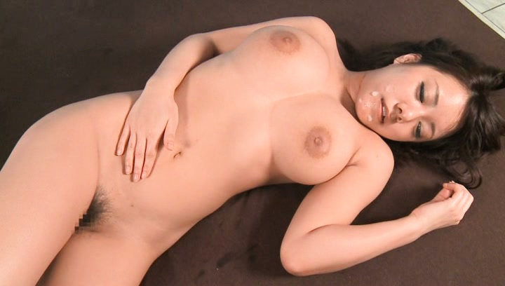 Busty Riona Kamijyou enjoys horny big cocked guy