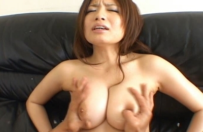 Mao Lovely Asian model has a nice set of big tits