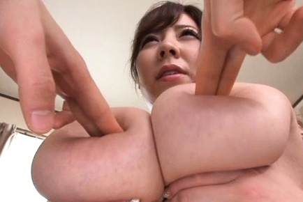 Busty asian beauty has fun sucking cock