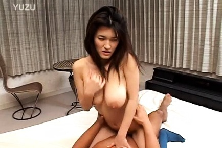 Sensual Japanese milf enjoys hardcore threesome